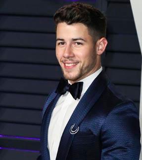 Nick Jonas Rührende Geste